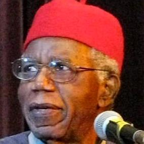 facts on Chinua Achebe