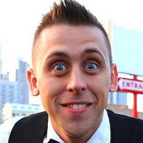Roman Atwood facts