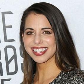 Laura Bailey facts