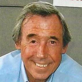 facts on Gordon Banks