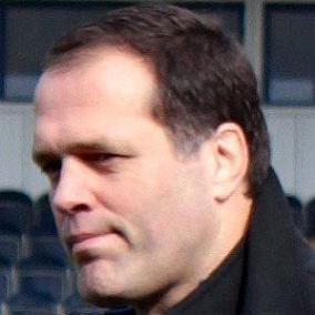 Martin Bayfield facts