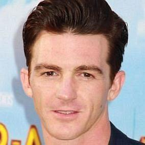 Drake Bell facts