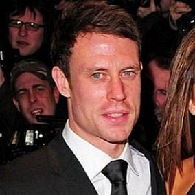 Wayne Bridge facts