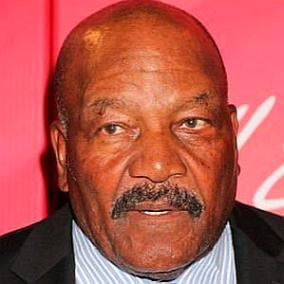 facts on Jim Brown