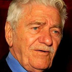 facts on Seymour Cassel