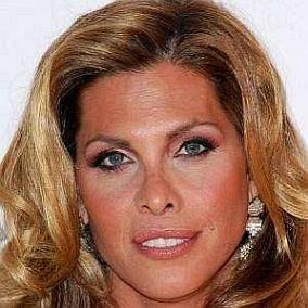Candis Cayne facts