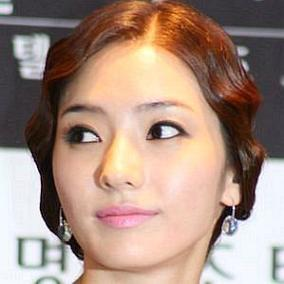 facts on Han Chae-young