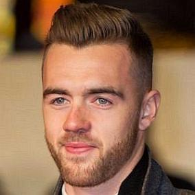 facts on Calum Chambers