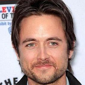 Justin Chatwin facts