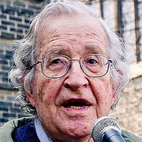 Noam Chomsky facts