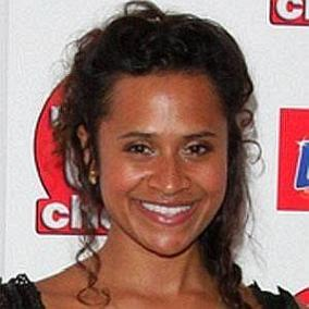 facts on Angel Coulby