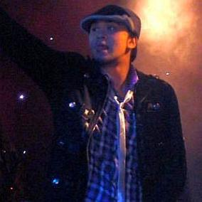 Billy Crawford facts