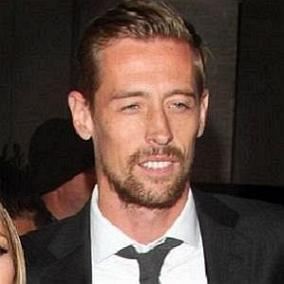 facts on Peter Crouch