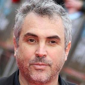 facts on Alfonso Cuaron