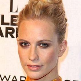 Poppy Delevingne facts