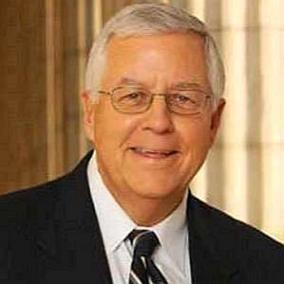 Mike Enzi facts
