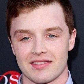 Noel Fisher facts