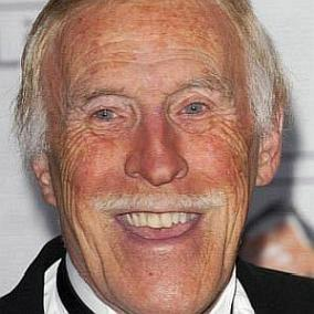 facts on Bruce Forsyth