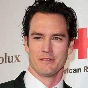 Mark Paul Gosselaar facts