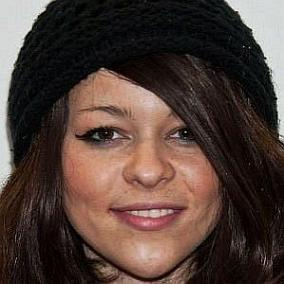 Cady Groves facts