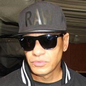 facts on Peter Gunz