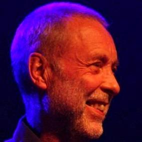 facts on Dave Holland