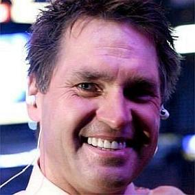 Kelly Hrudey facts