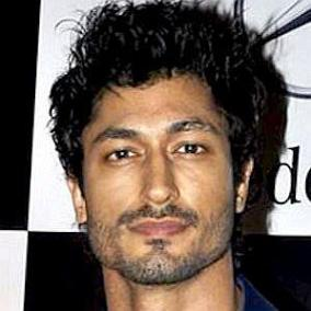 Vidyut Jammwal facts