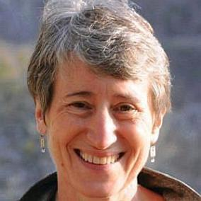 Sally Jewell facts