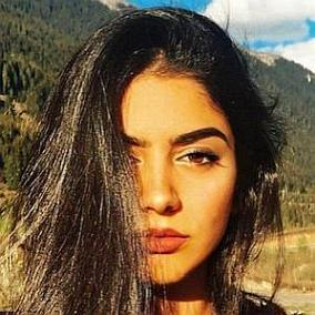 Khushi Kapoor: Top 10 Facts You Need to Know | FamousDetails