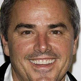 Christopher Knight facts