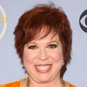 Vicki Lawrence facts