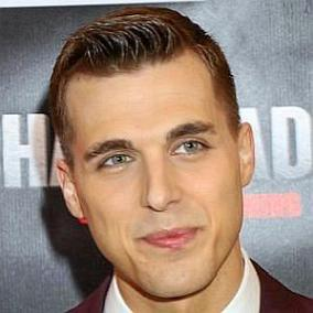 Cody Linley facts