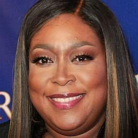 Loni Love facts