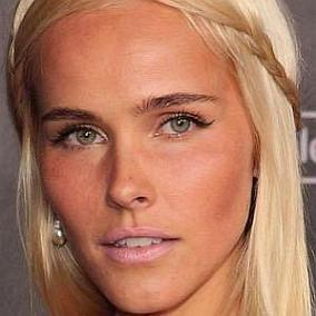 facts on Isabel Lucas