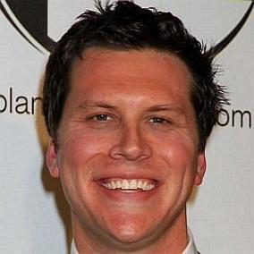 Hayes MacArthur facts