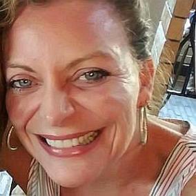 Sharon Kremen Martin facts