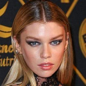facts on Stella Maxwell