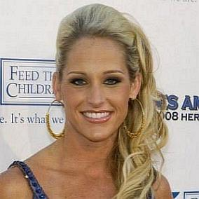 Michelle McCool facts