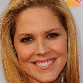 Mary McCormack facts