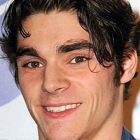 RJ Mitte facts
