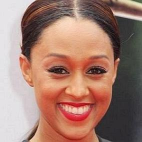 Tia Mowry facts