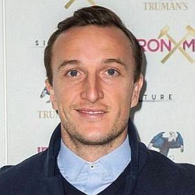 Mark Noble facts