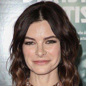 Kelly Oxford facts
