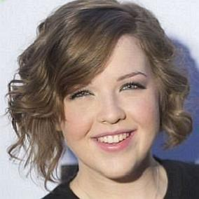 Aislinn Paul facts
