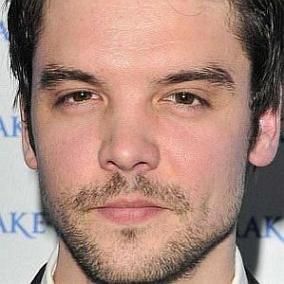 Andrew Lee Potts facts