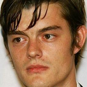facts on Sam Riley