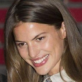 Cameron Russell facts