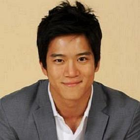 facts on Ha Seok-jin