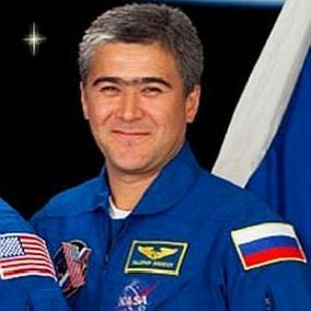 Salizhan Sharipov facts